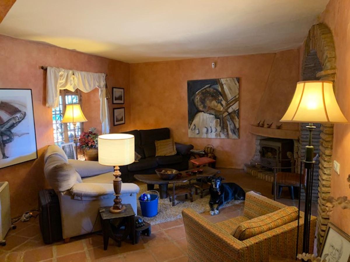 3 Bedroom Finca Villa For Sale Alhaurín de la Torre
