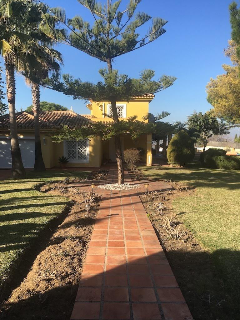 House in Alhaurín de la Torre R3083668 10