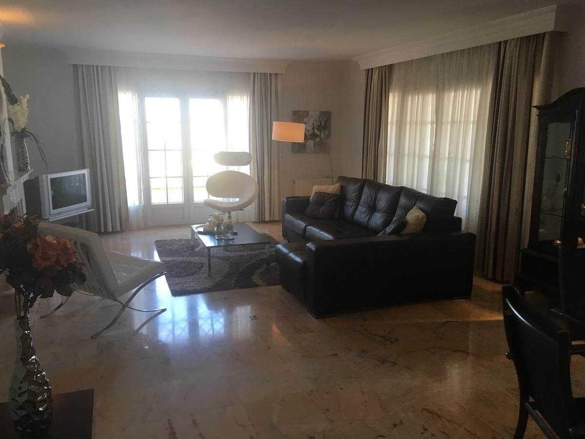 House in Alhaurín de la Torre R3083668 46