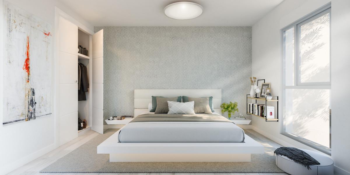 2 Bedroom Middle Floor Apartment For Sale Estepona