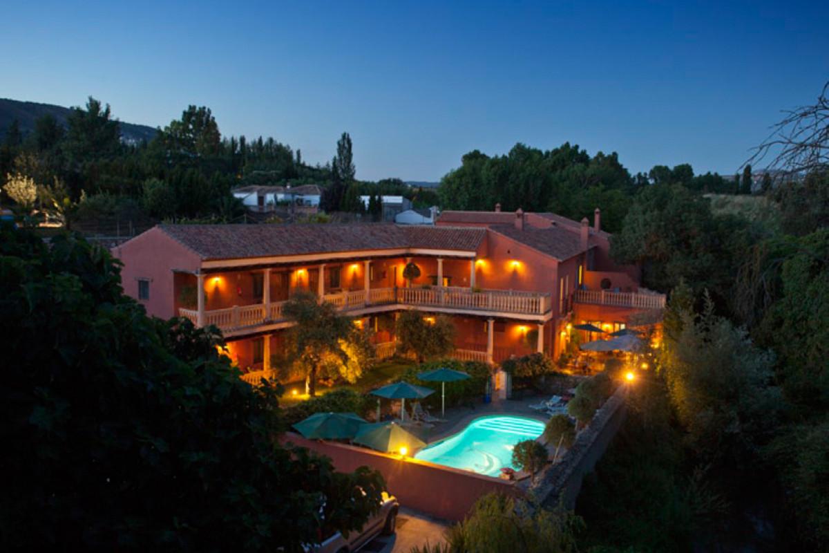 Hotel for sale in Ronda R2521553
