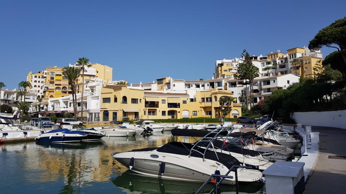 Puerto de Cabopino Spain