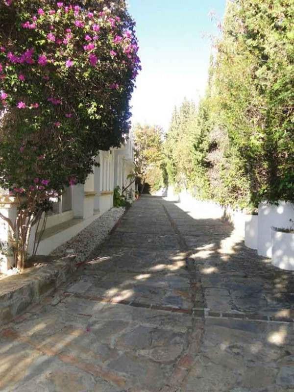 Villa con 8 Dormitorios en Venta Hacienda Las Chapas