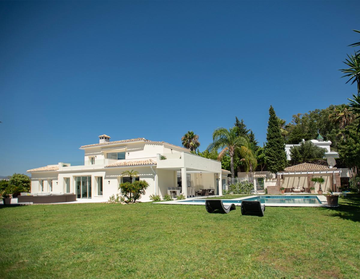 6 bedroom villa for sale el paraiso