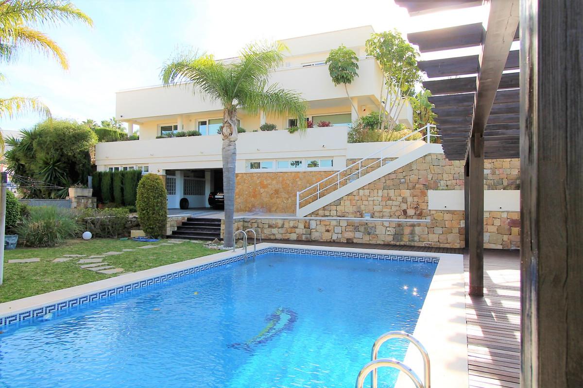 House in Alhaurín de la Torre R3367315 1