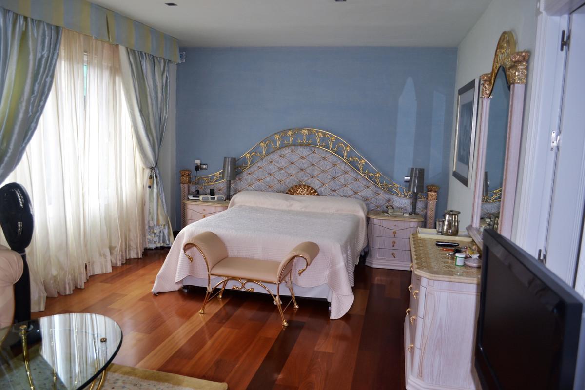 House in Alhaurín de la Torre R3367315 17