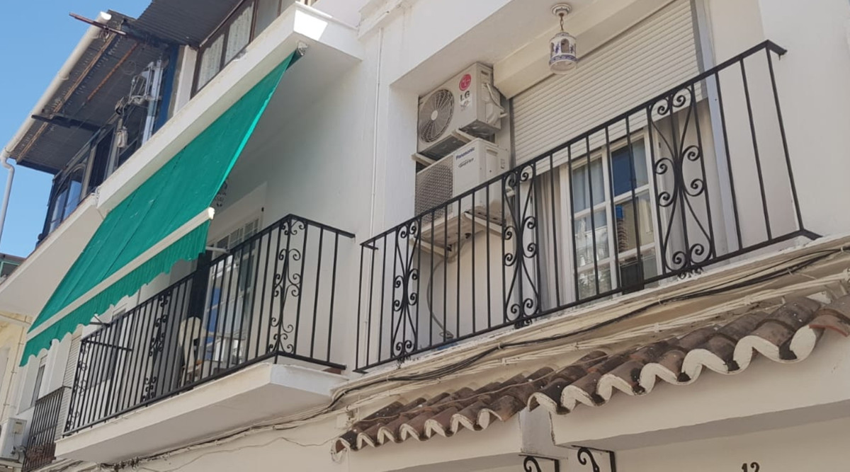 3 Bedroom Townhouse For Sale San Pedro de Alcántara, Costa del Sol - HP3583261