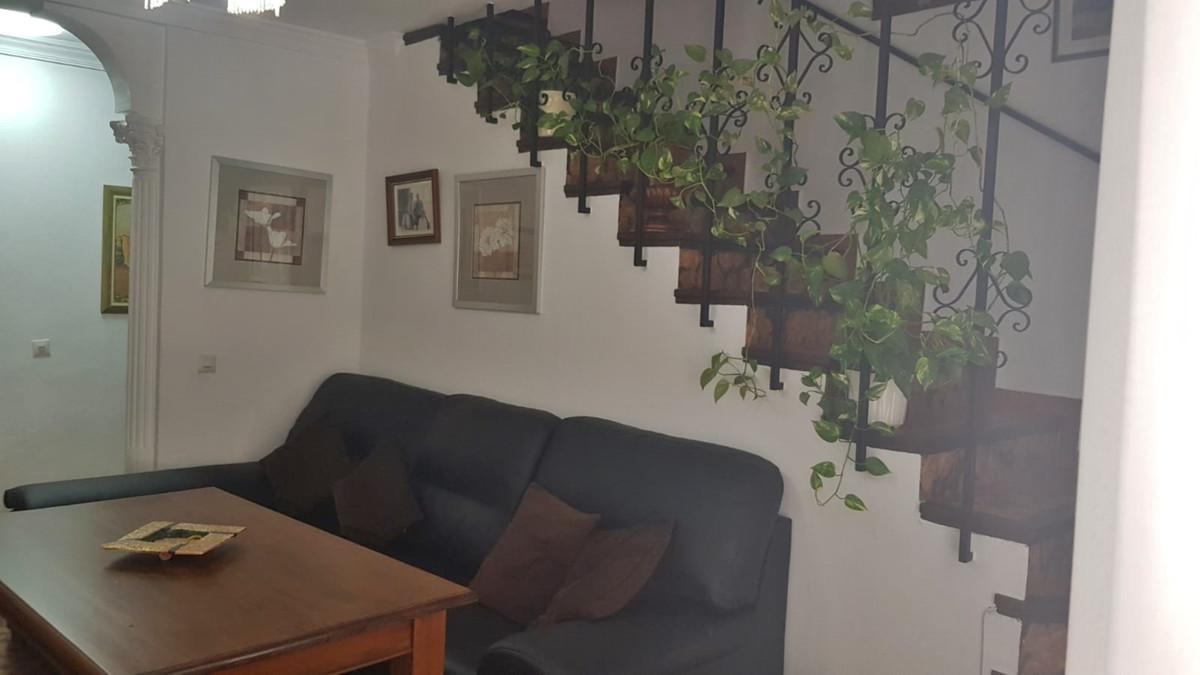 Unifamiliar con 3 Dormitorios en Venta San Pedro de Alcántara