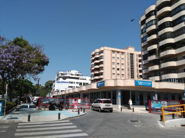 Plaza de aparcamiento con trastero en Ricardo Soriano, cerca del piruli, y del patronato de Recaudac,Spain