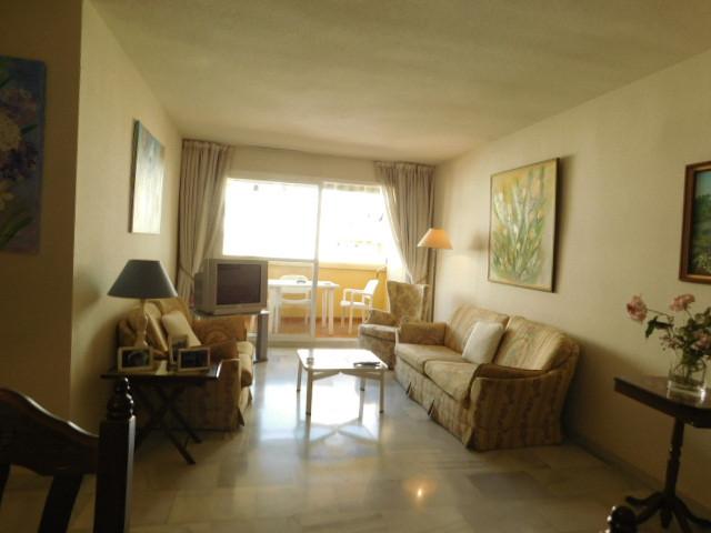 Middle Floor Apartment, Marbella, Costa del Sol. 2 Bedrooms, 2 Bathrooms, Built 109 m², Terrace 7 m²,Spain