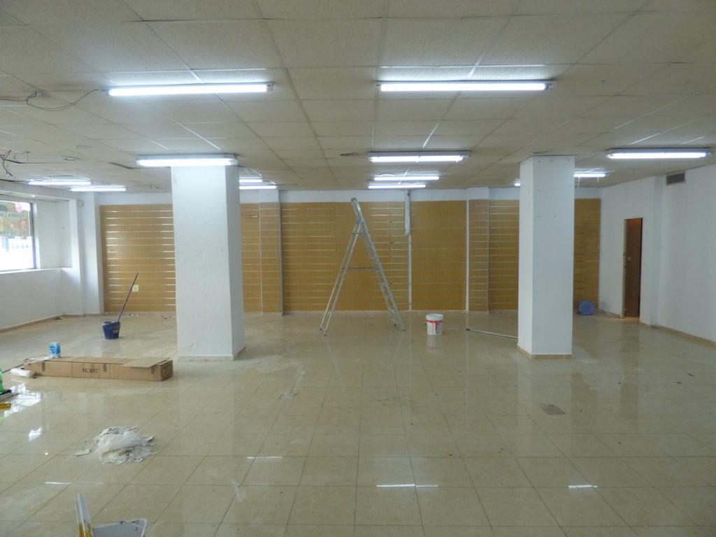 Commercial Premises, Marbella, Costa del Sol. Built 417 m².  Setting : Town, Commercial Area, Close ,Spain