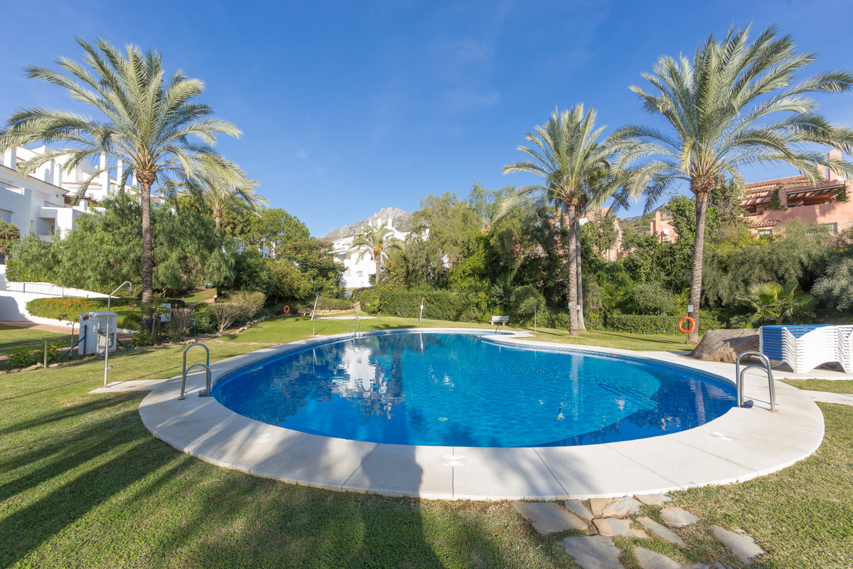 Marbella, Costa del Sol. 2 Bedrooms, 2 Bathrooms, Built 96 m².  Setting : Town, Close To Schools, Cl,Spain