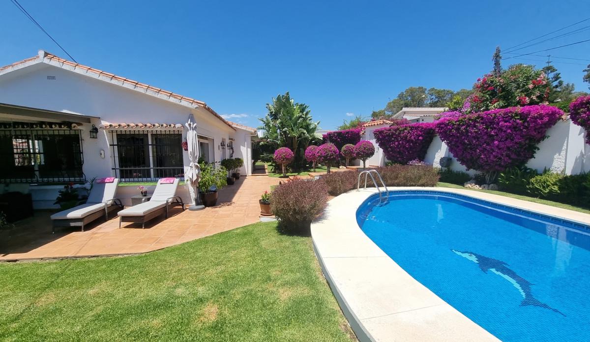 Villa, Individuelle  en vente    à San Pedro de Alcántara