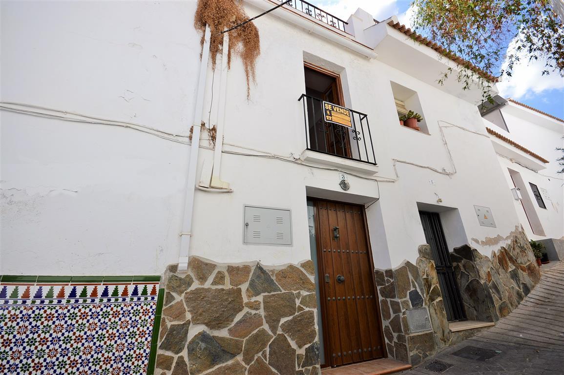 Unifamiliar Adosada 2 Dormitorio(s) en Venta Guaro