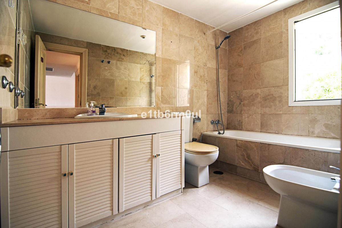 Appartement te koop in Benahavís R3733996