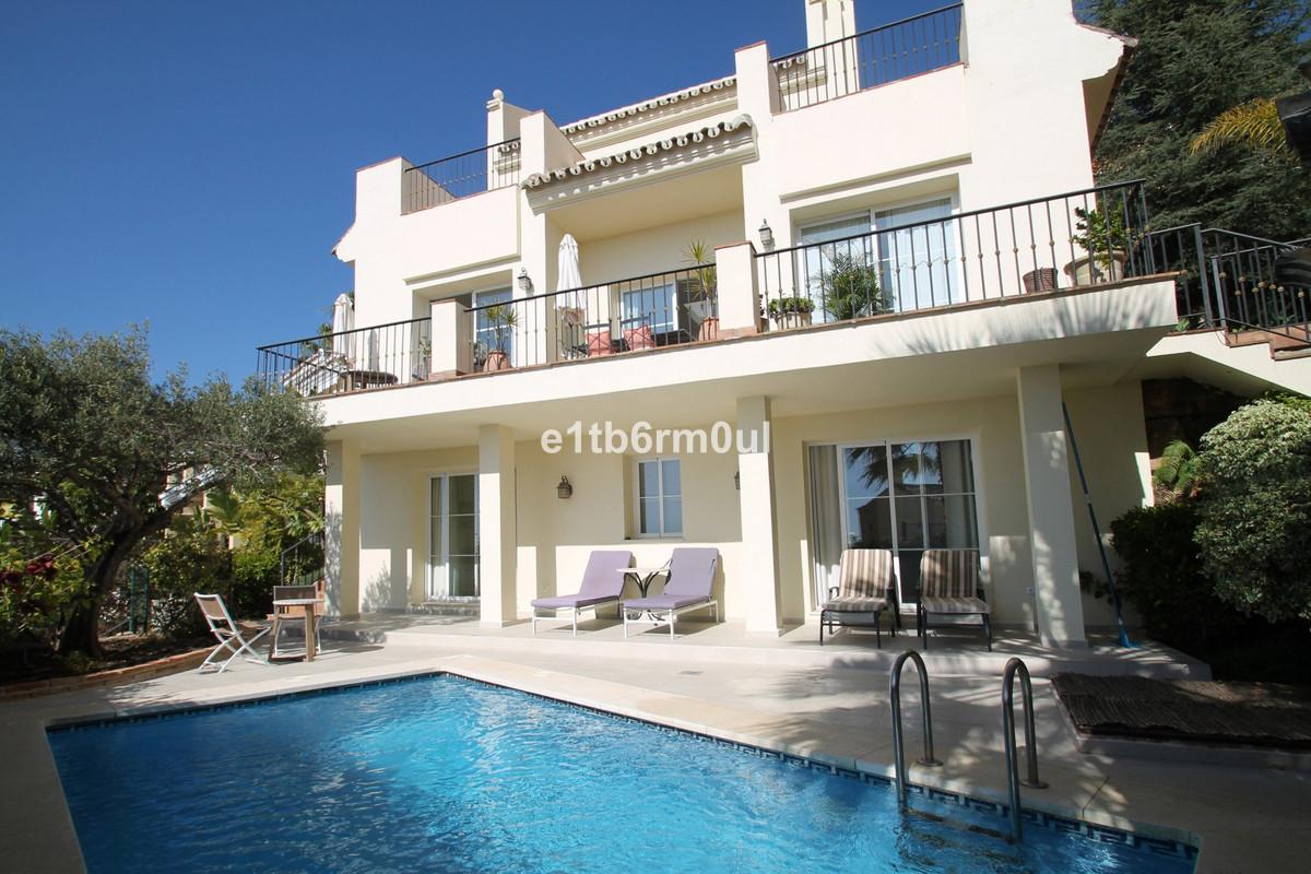 Villa Detached Istán Málaga Costa del Sol R3604343