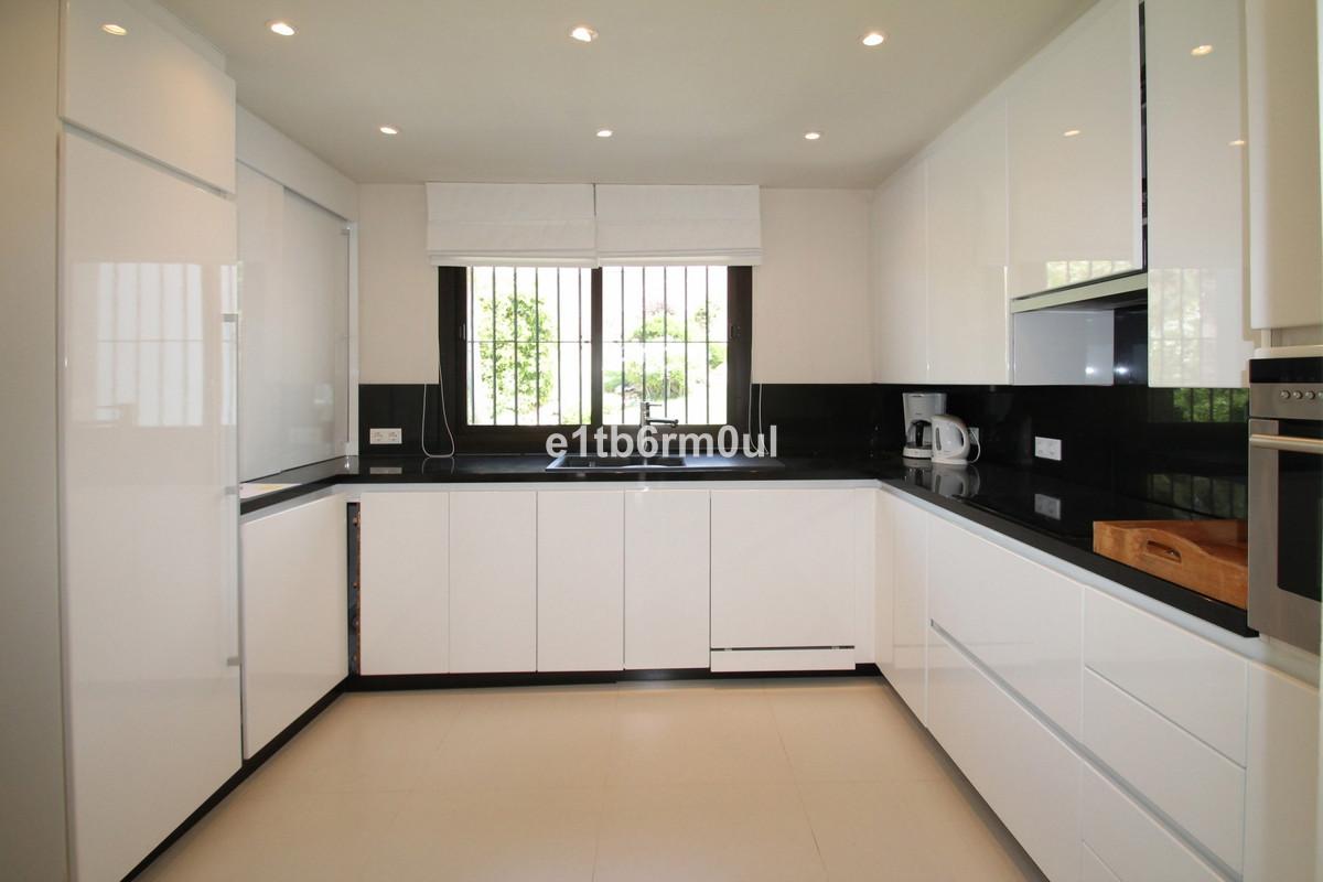 Penthouse en vente à The Golden Mile R3469630