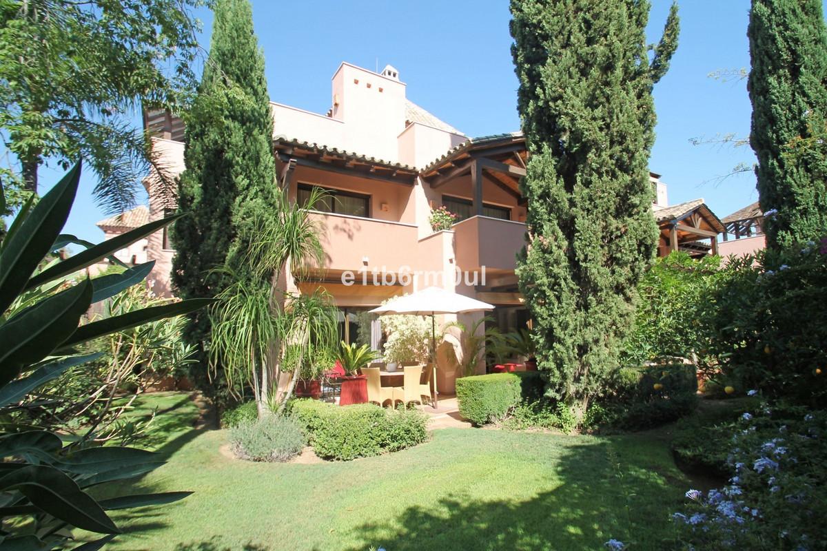 Villa Individuelle à The Golden Mile R3223408