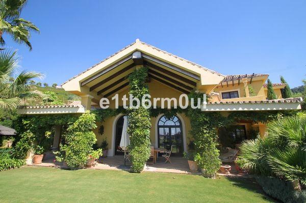 Picture of Villa For Sale in La Zagaleta