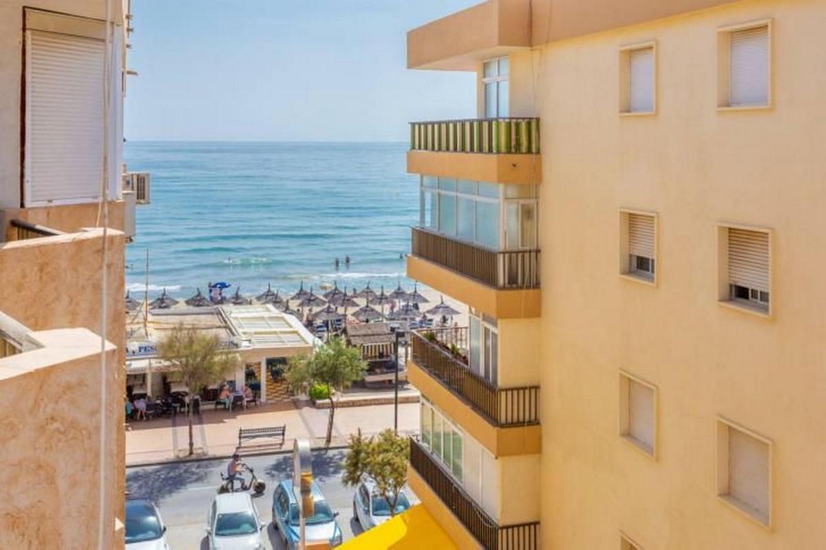 Apartment Middle Floor Fuengirola Málaga Costa del Sol R3867268 3
