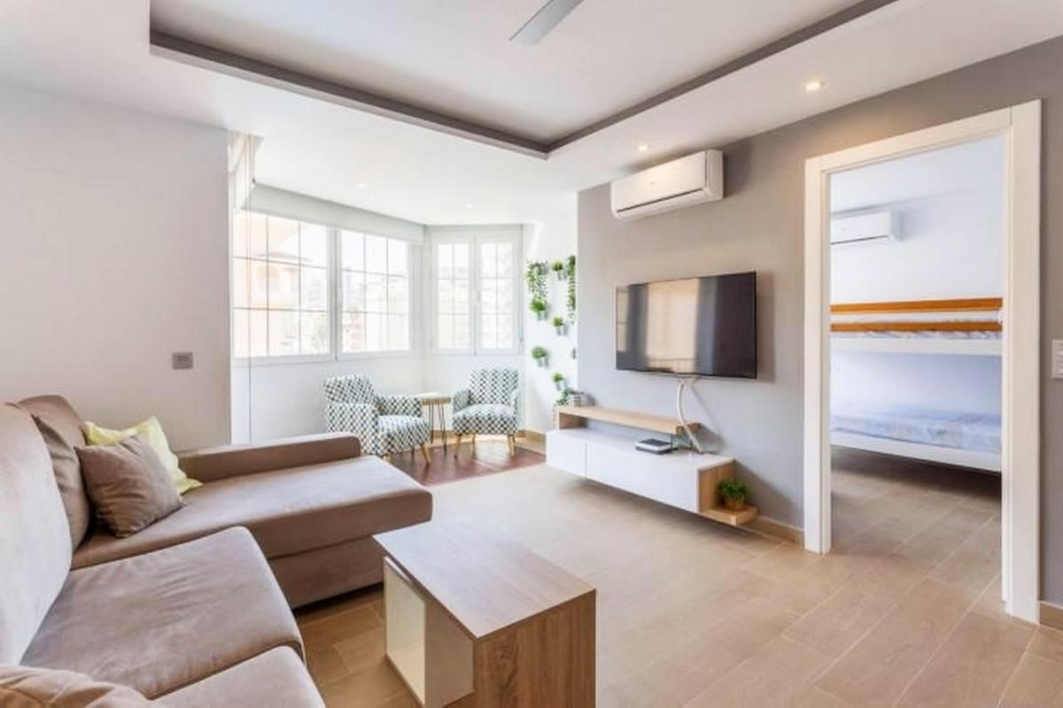 Apartment Middle Floor Fuengirola Málaga Costa del Sol R3867268 9