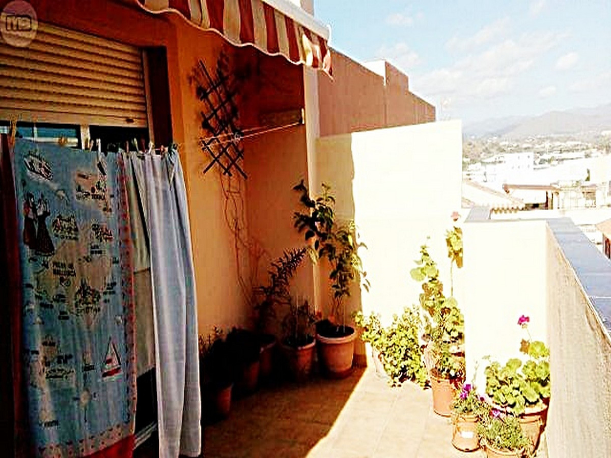1 bedroom apartment for sale las lagunas