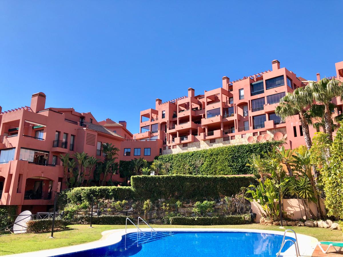 Apartamento Planta Media en Calahonda, Costa del Sol