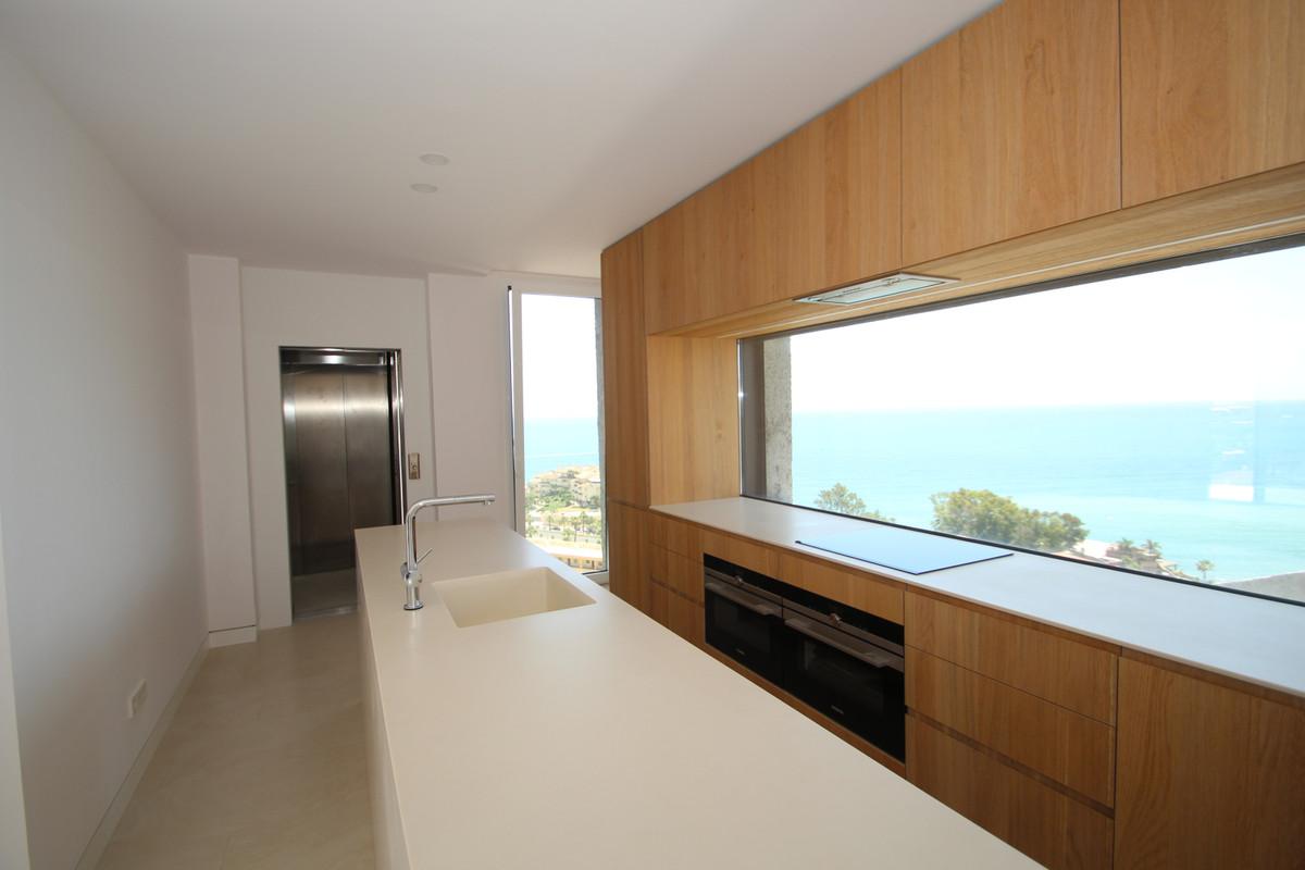 Apartamento  Ático en venta   en Benalmadena Costa