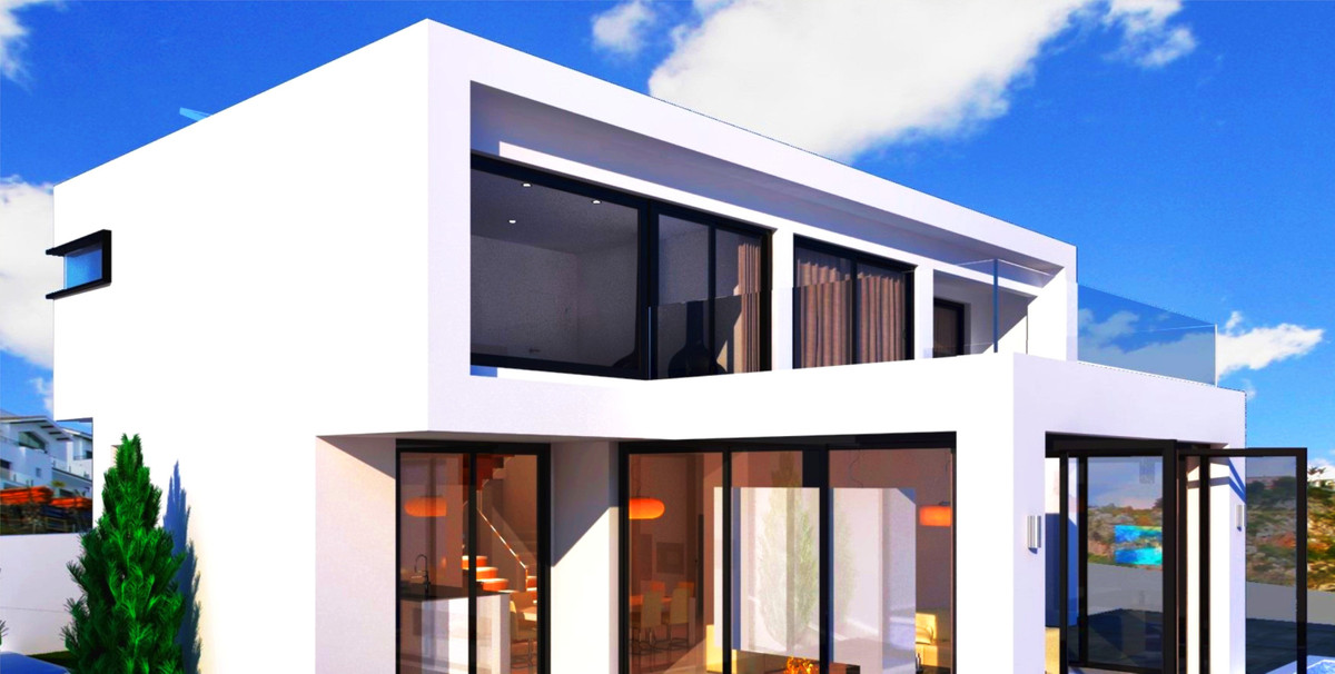 Detached Villa for sale in Benalmadena
