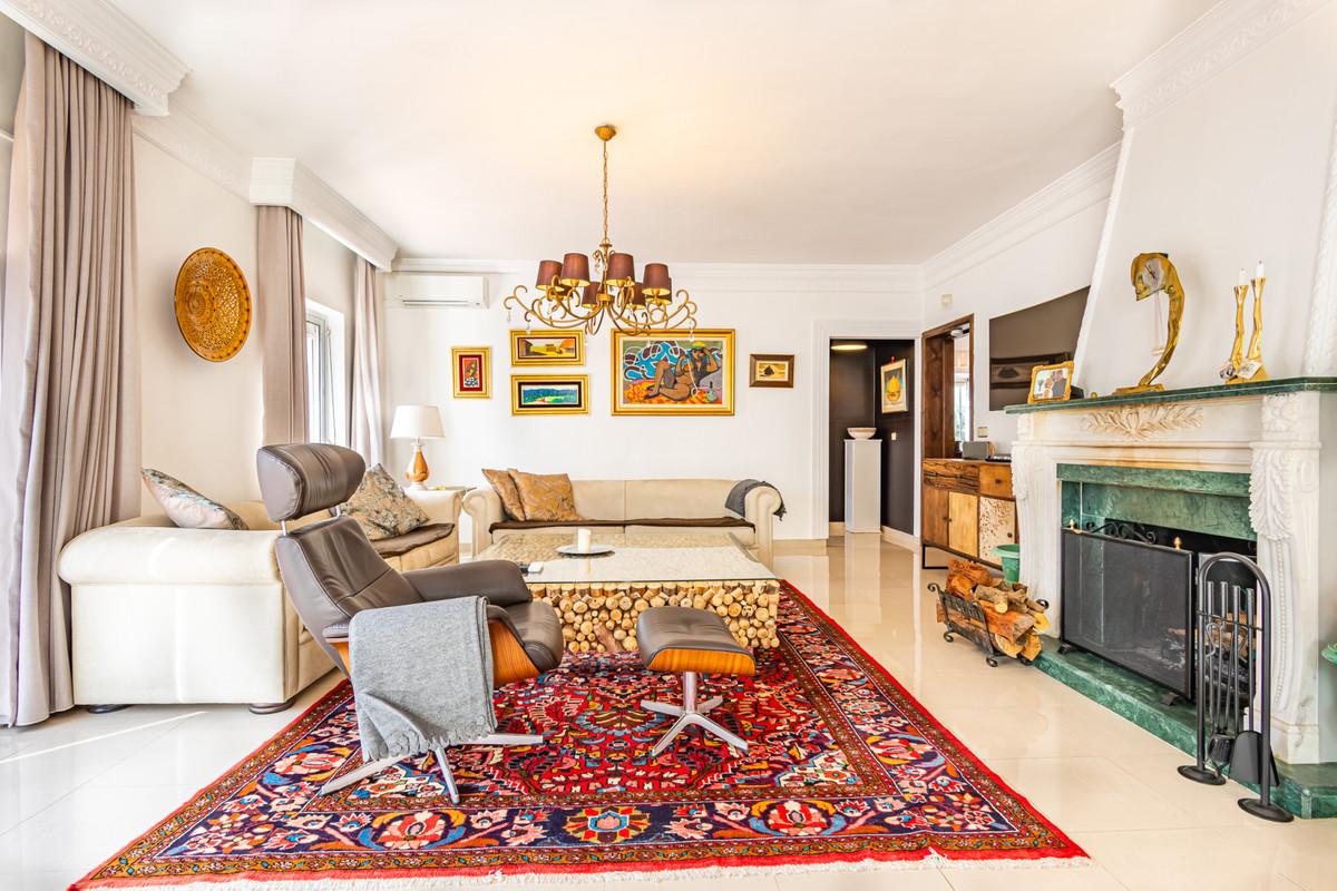 Detached villa with 4 bedrooms in Pueblo Lopez in the centre of Fuengirola.   It's not often we,Spain
