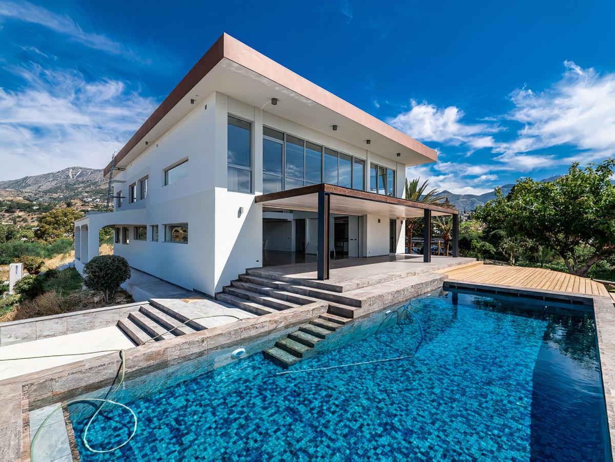 9 bedroom villa for sale mijas