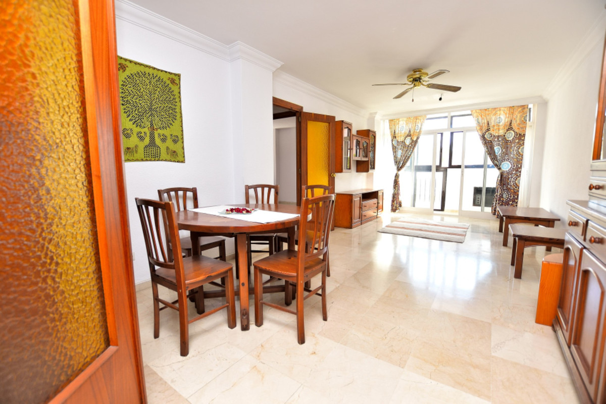 Apartment Middle Floor Fuengirola Málaga Costa del Sol R3585283 8
