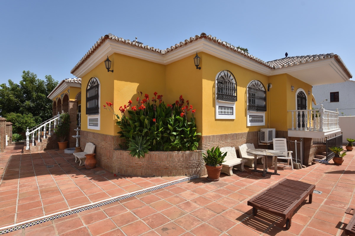From a shaded terrace, excellent as breakfast room, the main entrance goes through a solid timber do,Spain