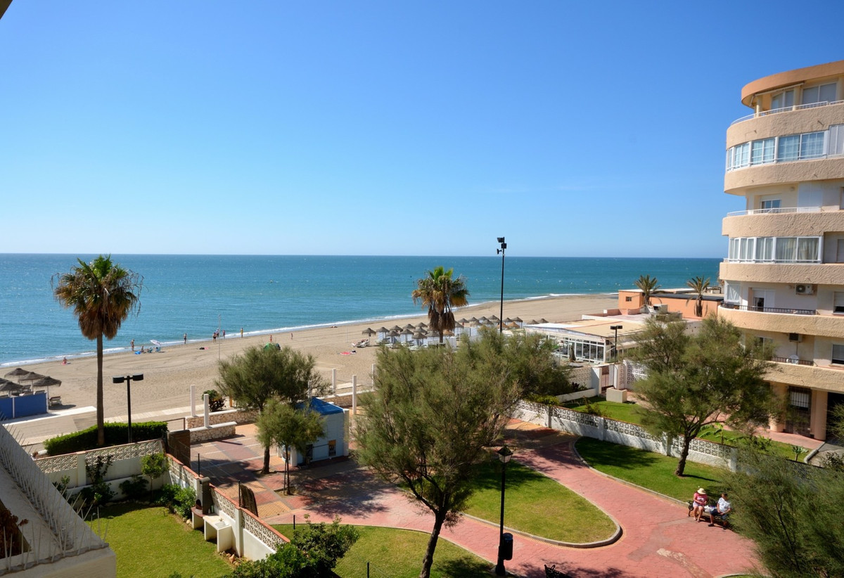 Front line beach apartment in Fuengirola by the castle. Fantastic 2 bedroom 2 bathroom beach apartme,Spain