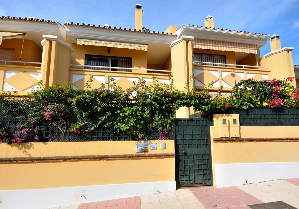 Unifamiliar 3 Dormitorios en Venta San Pedro de Alcántara