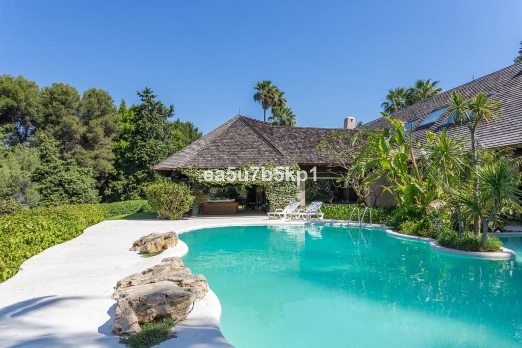 Villa Til salg i Marbella R2467235