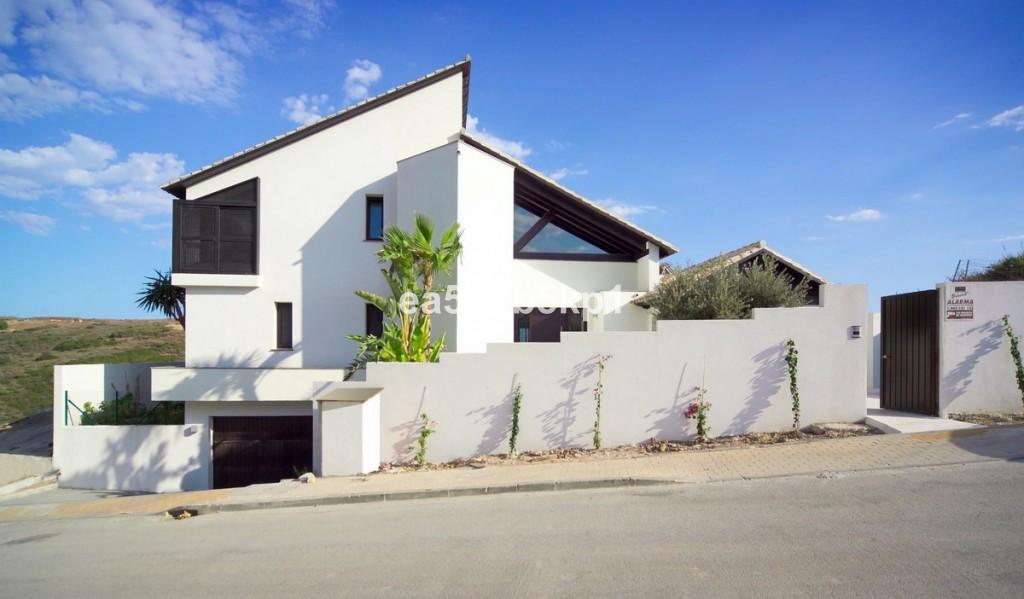 Villa con 6 Dormitorios en Venta Casares Playa