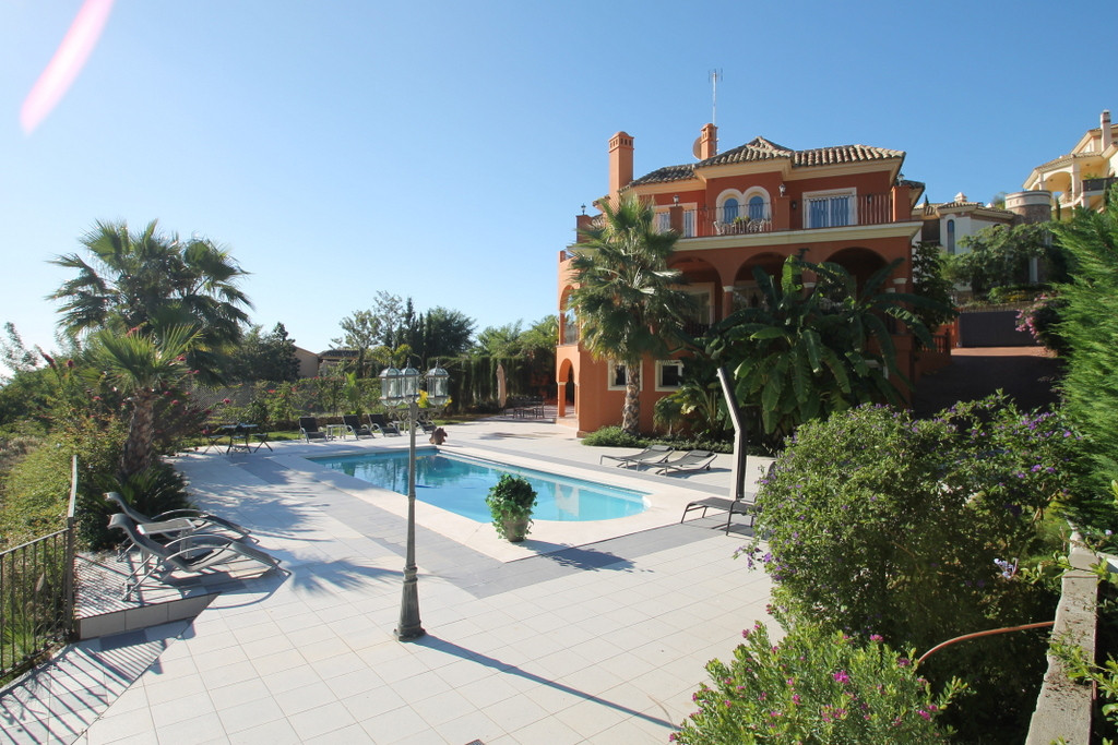 Villa · Los Arqueros