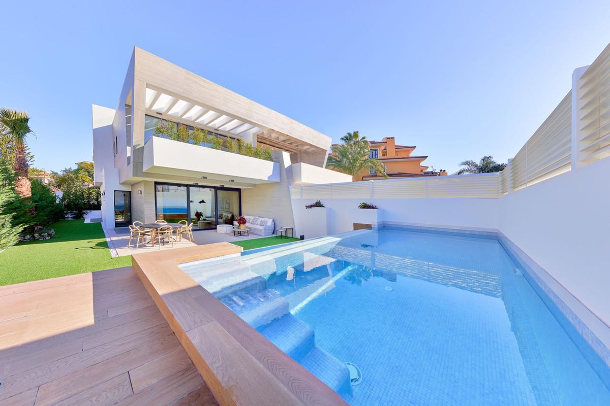 5 bedroom villa for sale puerto banus