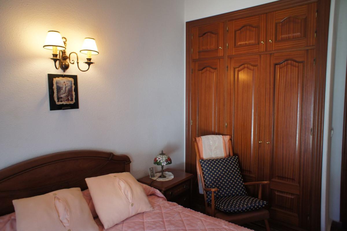Apartamento con 2 Dormitorios en Venta Benalmadena Pueblo