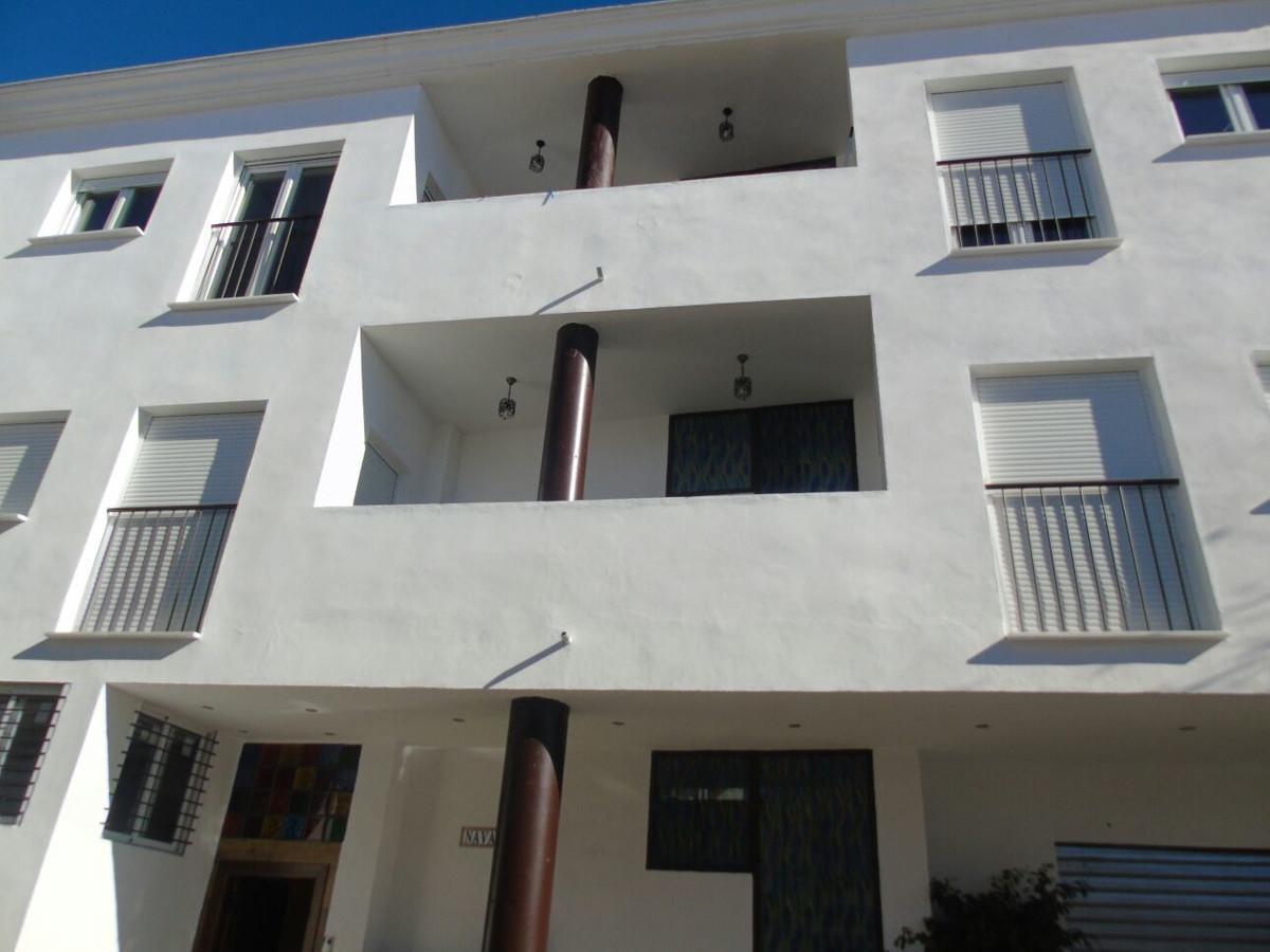 Building of 10 houses under construction for sale in Arroyo de la Miel, Benalmadena. The building en,Spain