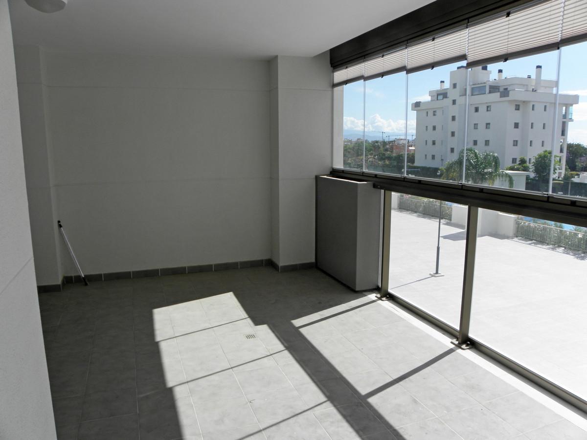 Apartamento Planta Media en Playamar, Costa del Sol