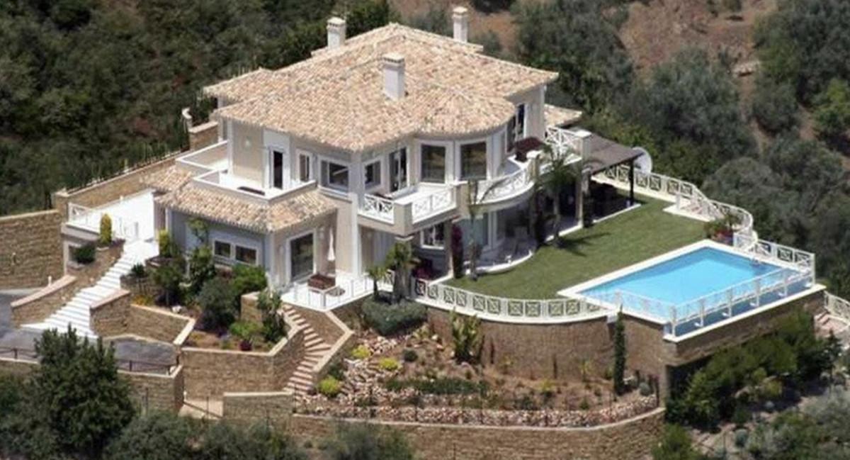 House in Altos de los Monteros R3418693 19