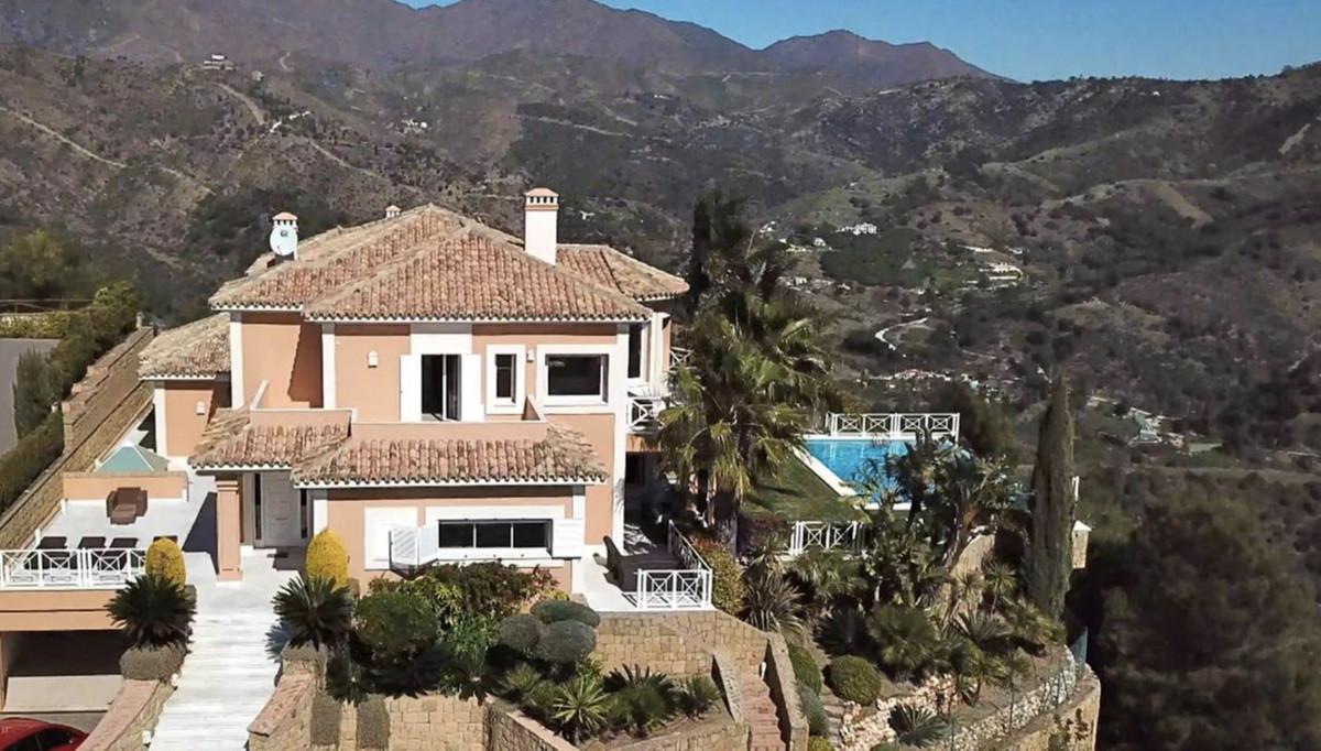 House in Altos de los Monteros R3418693 22