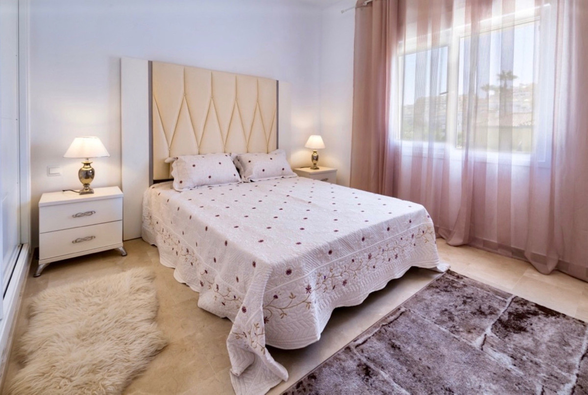 Villa te koop in Puerto Banús R3521155