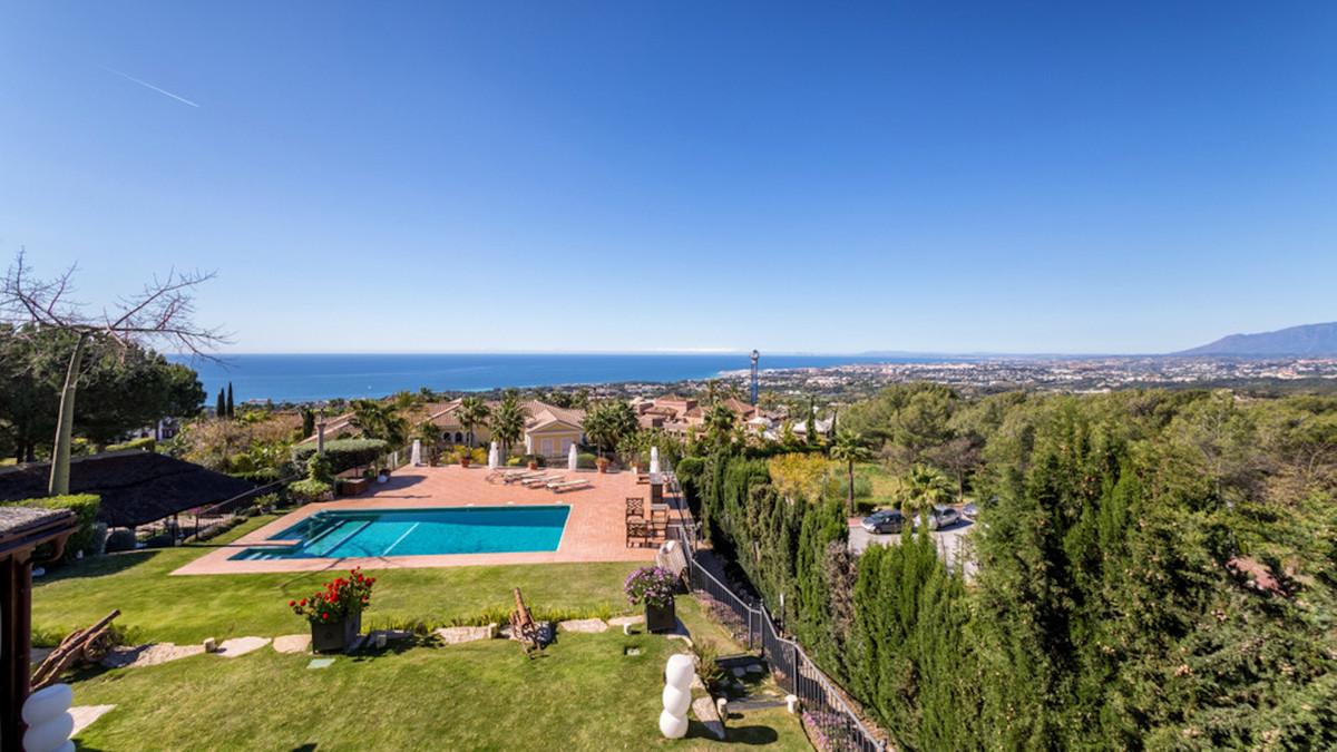 Villa en vente à Sierra Blanca R3537697
