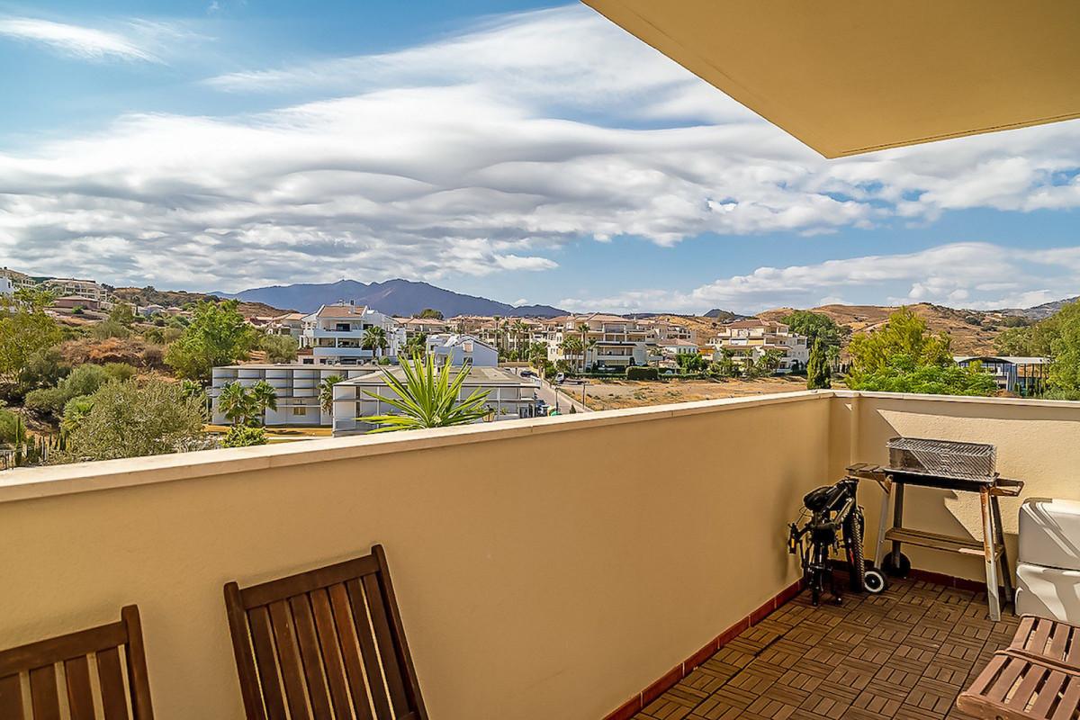 Middle Floor Apartment, Mijas Costa, Costa del Sol. 2 Bedrooms, 2 Bathrooms, Built 110 m², THREE TER,Spain