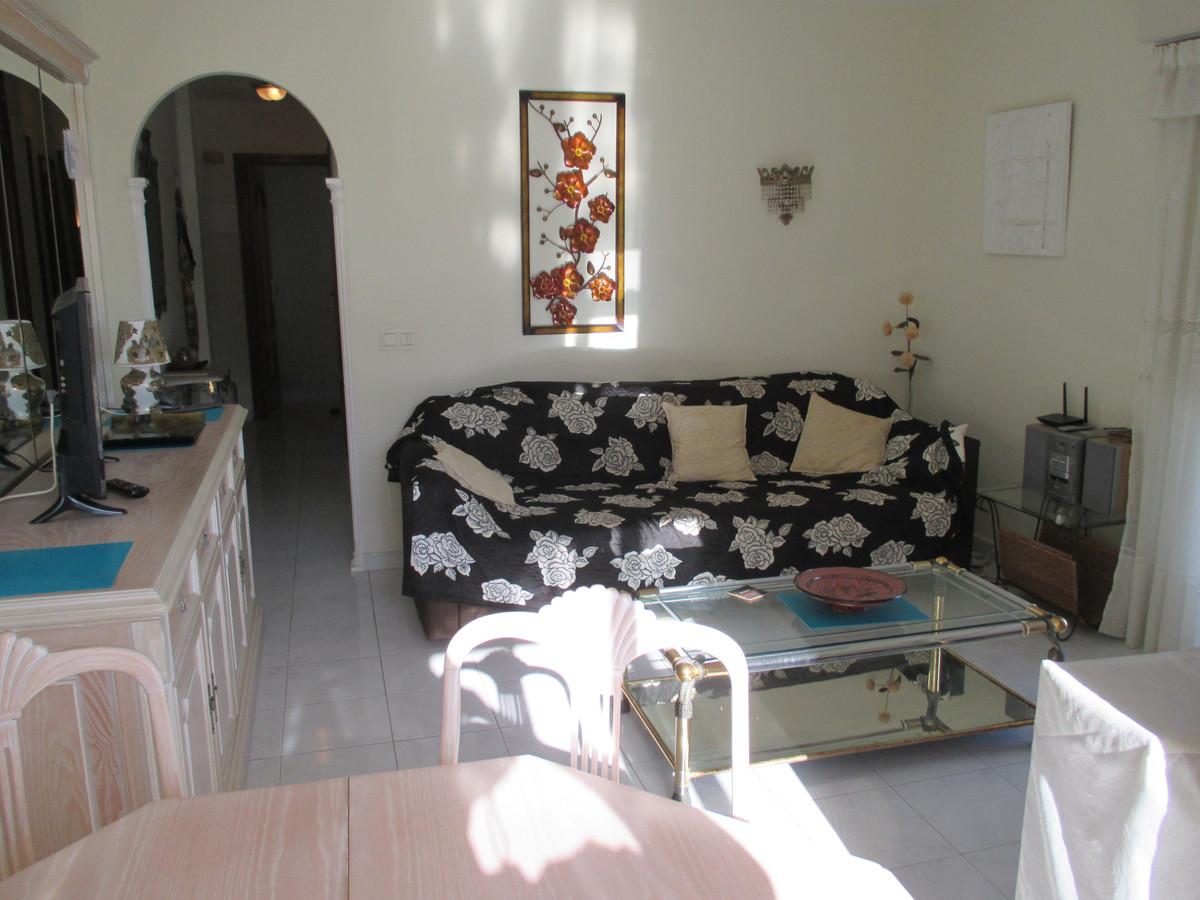 Apartment Middle Floor Benalmadena Costa Málaga Costa del Sol R3906697 10