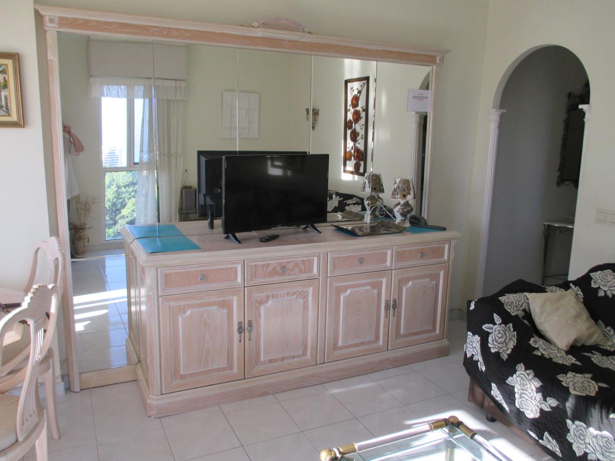 Apartment Middle Floor Benalmadena Costa Málaga Costa del Sol R3906697 9