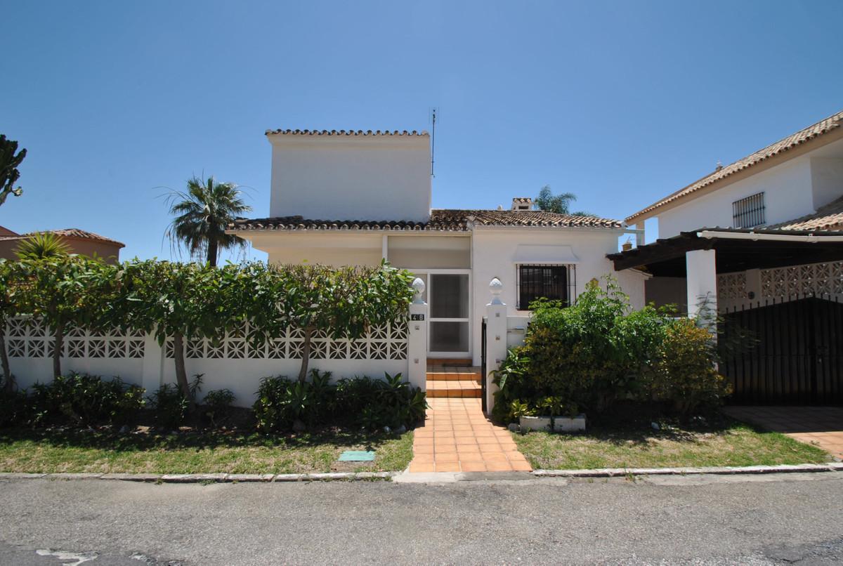 Detached Villa for sale in El Rosario R3652748